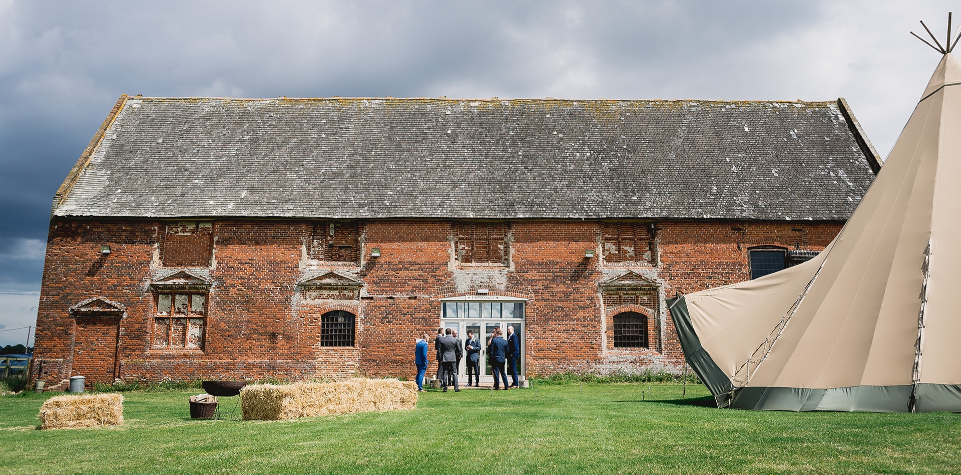 Weddings-at-Godwick-Great-Barn-Norfolk